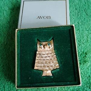 Vintage owl pin with fragrance holder